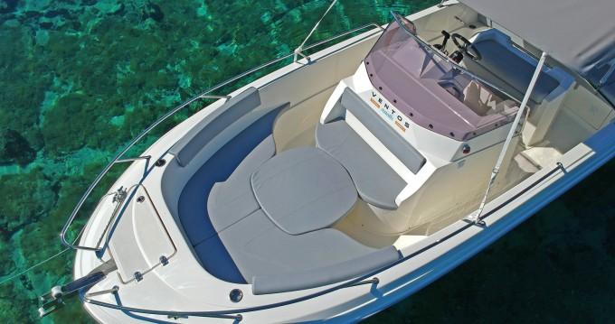 Louer Bateau à moteur avec ou sans skipper Atlantic à Trogir