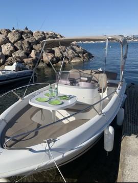 Louer Bateau à moteur avec ou sans skipper B2 Marine à Marseille