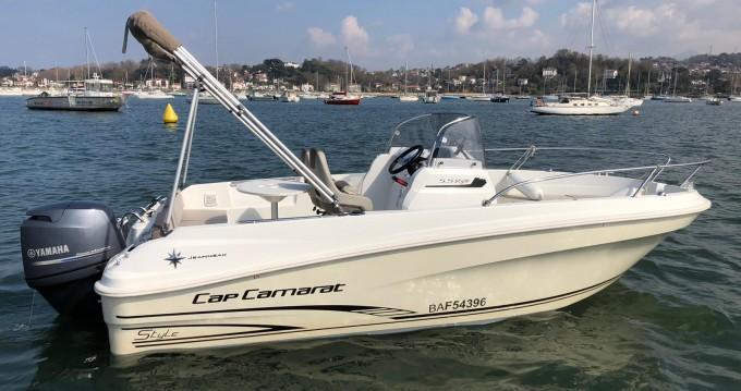 Location bateau Hendaye pas cher Cap Camarat 5.5 CC Serie 2