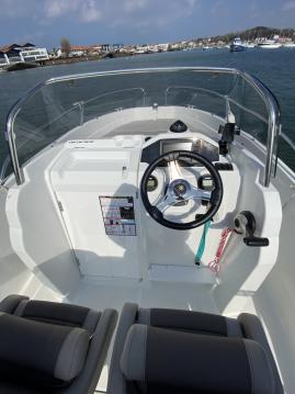 Louer Bateau à moteur avec ou sans skipper Jeanneau à Hendaye