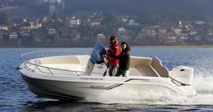 Louer Bateau à moteur avec ou sans skipper Salpa à Pietrosella