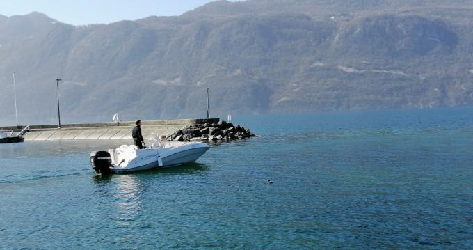 Location bateau Aix-les-Bains pas cher Quicksilver 505 Commander