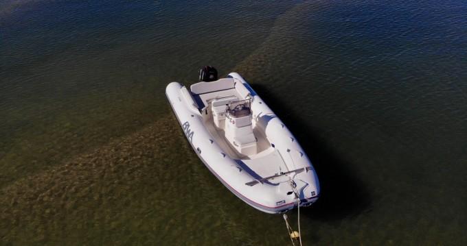 Location bateau Bwa Sport 22 GT à Arcachon sur Samboat