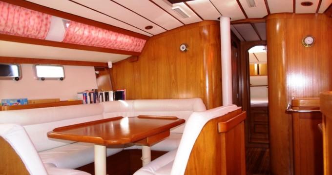 Location bateau Jeanneau Sun Odyssey 44 à Portoferraio sur Samboat