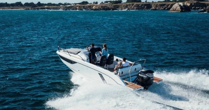 Location bateau Bénéteau Flyer 8 SUNdeck à Port de Hyères (St Pierre) sur Samboat