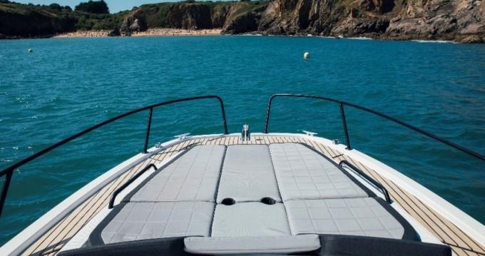 Location yacht à Port de Hyères (St Pierre) - Bénéteau Flyer 8 SUNdeck sur SamBoat