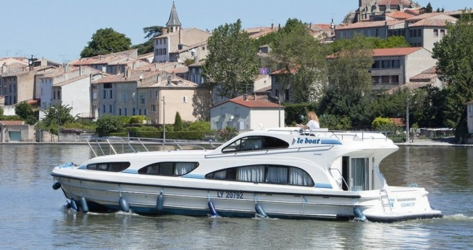 Location bateau CBL Elegance  à Jarnac sur Samboat