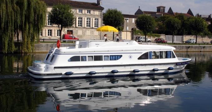 Location bateau Salsa Salsa A à Saint-Jean-de-Losne sur Samboat