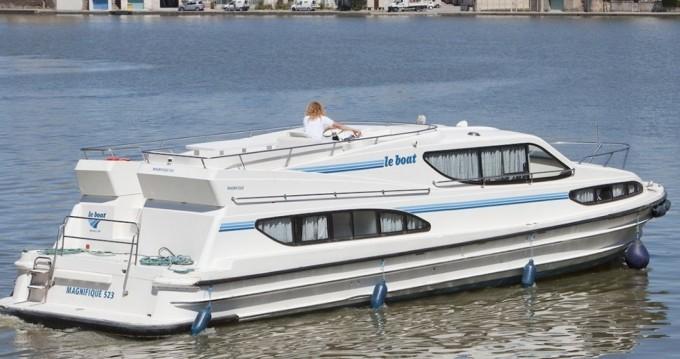 Location bateau Hesse pas cher Magnifique