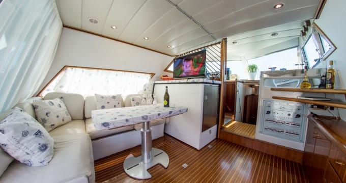 Location bateau River Craft 45 Fly  à Palerme sur Samboat
