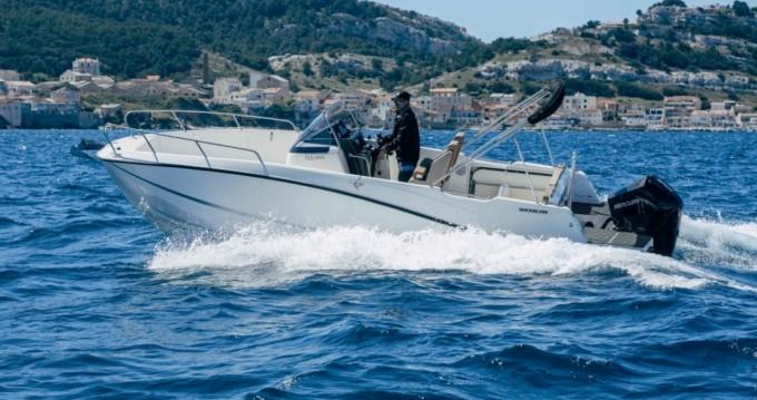 Louez un Quicksilver Activ 755 Open à Marseille