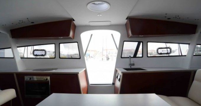 Location bateau xl Catamaran TS52.8CRB à Le Marin sur Samboat