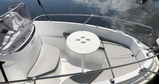 Bateau à moteur à louer à Puerto Deportivo de Baiona au meilleur prix