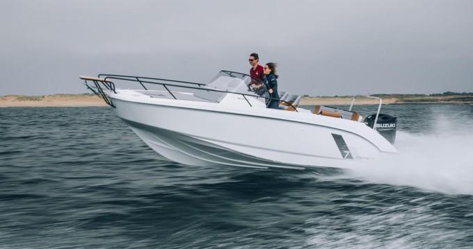 Louer Bateau à moteur avec ou sans skipper Bénéteau à Propriano