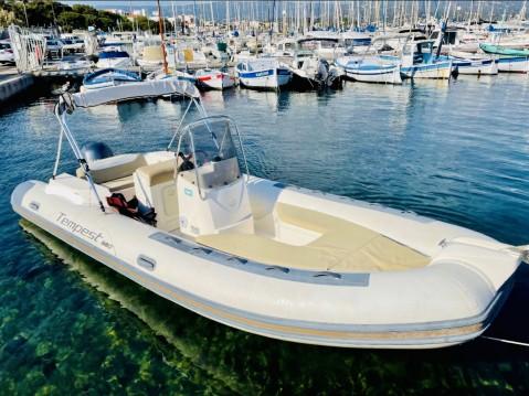Location bateau La Ciotat pas cher King 600 Exclusive