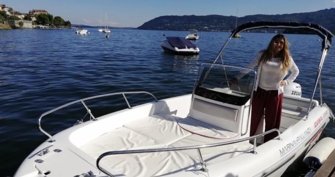 Location bateau Angera pas cher Open Line D 5.3