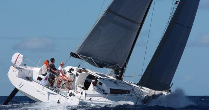 Location bateau Le Marin pas cher Pogo 12.50