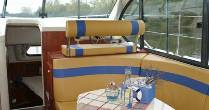 Louer Bateau à moteur avec ou sans skipper  à Le Somail