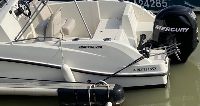 Louer Bateau à moteur avec ou sans skipper Quicksilver à Royan