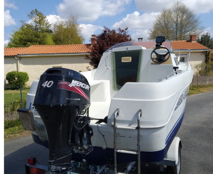 Location Bateau à moteur à Nantes - Quicksilver Quicksilver 435 Cabine