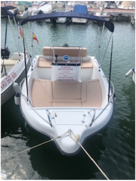 Location bateau  POLYESTER YACT MARION 450 à Sitges sur Samboat
