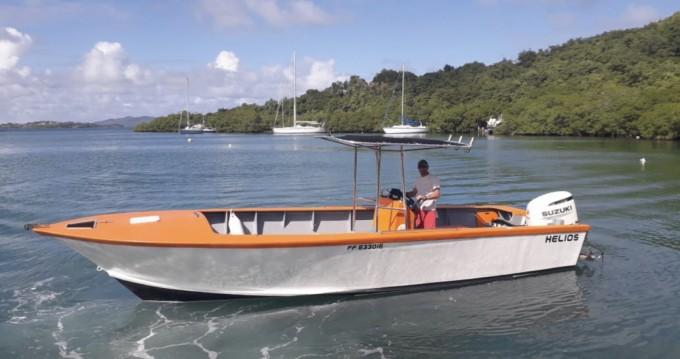 Louer Bateau à moteur avec ou sans skipper Saintoise à Le Robert