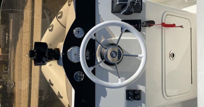 Location bateau 3D Tender Lux 635 à Saint-Tropez sur Samboat