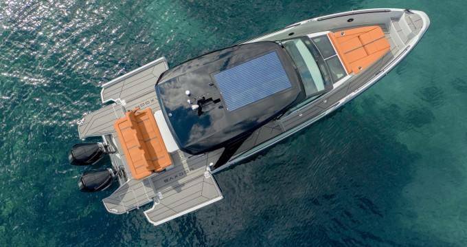 Location bateau Parikia pas cher Saxdor 320 GTO