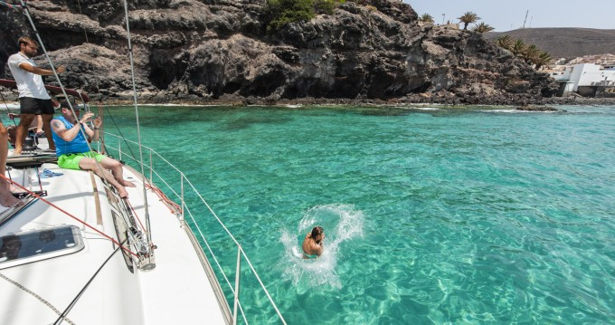 Location bateau Jeanneau Sun Fast 43 à Morro del Jable sur Samboat