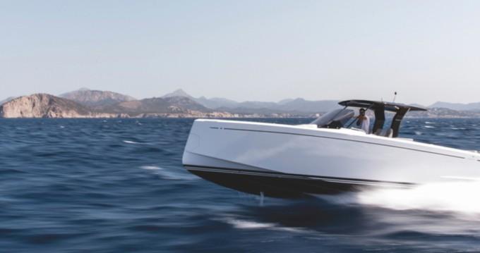Louer Bateau à moteur avec ou sans skipper Pardo Yachts à Ajaccio