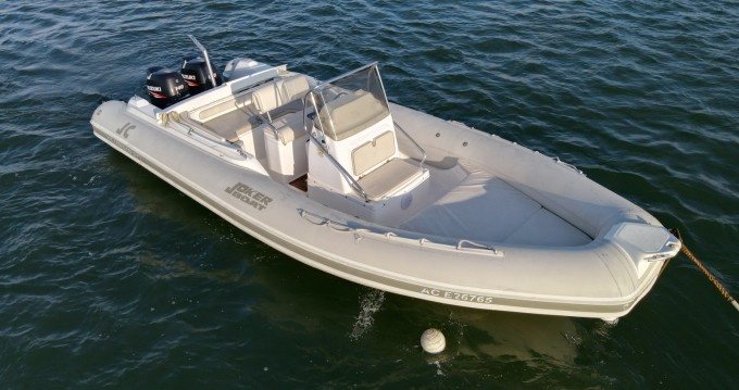 Louer Semi-rigide avec ou sans skipper Joker Boat à Grand Piquey