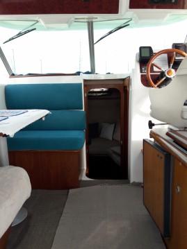 Location bateau Jeanneau Merry Fisher 750 Cruiser à Hyères sur Samboat