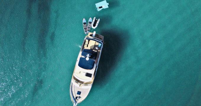 Location Bateau à moteur Ocean alexander avec permis