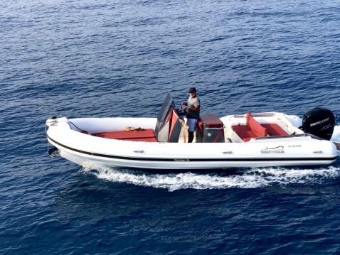 Louer Semi-rigide avec ou sans skipper Italiamarine à Antibes