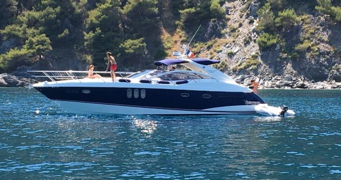 Yacht à louer à Toulon au meilleur prix