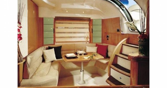 Location yacht à Toulon - Absolute Absolute 45 sur SamBoat