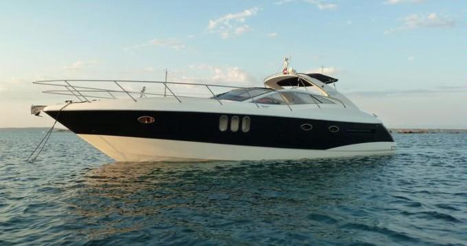 Location Yacht Absolute avec permis