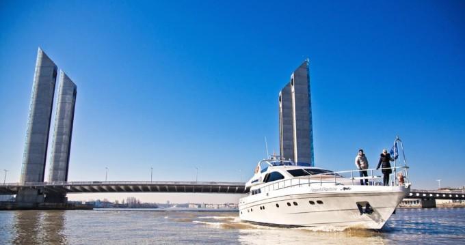 Location Yacht à Bègles - Alalunga Caliari 78