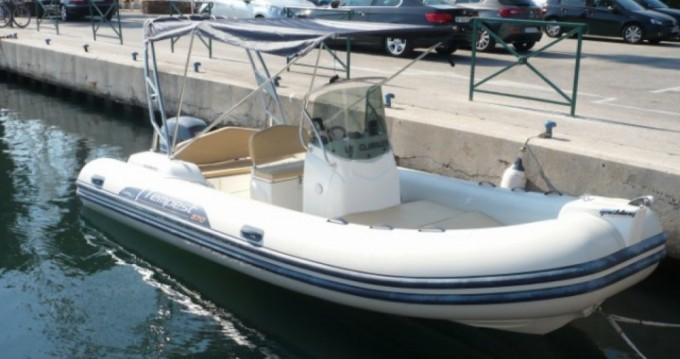 Location bateau Pointe-Rouge pas cher Tempest 570