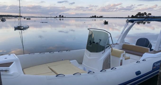 Location yacht à Lège-Cap-Ferret - Capelli Tempest 770 sur SamBoat