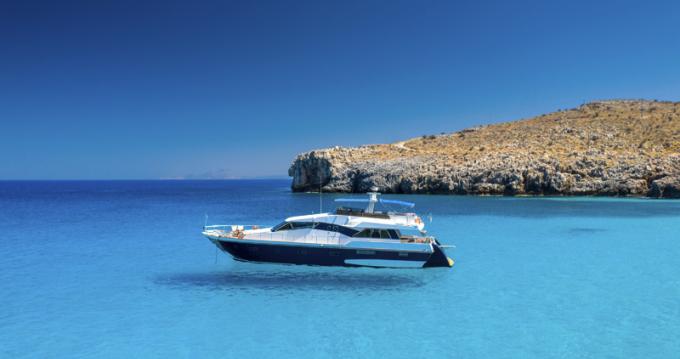 Location bateau Rethymno pas cher SI72