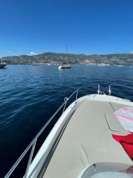 Louez un Jeanneau Cap Camarat 7.5 WA Serie 2 à Monaco