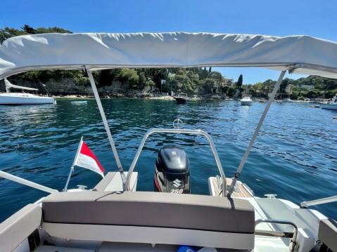 Location bateau Jeanneau Cap Camarat 7.5 WA Serie 2 à Monaco sur Samboat