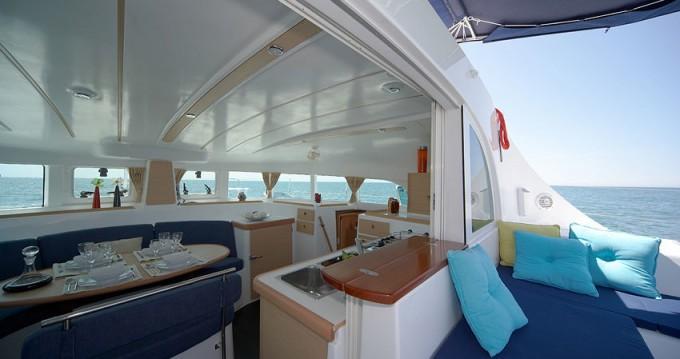 Location bateau Saint George's pas cher Lagoon 380