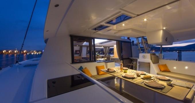 Louer Catamaran avec ou sans skipper Fountaine Pajot à Placencia