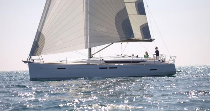 Louez un Jeanneau Sun Odyssey 449 à Pomer