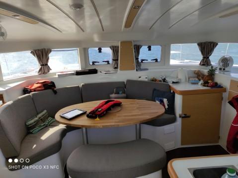 Louer Catamaran avec ou sans skipper Lagoon à Larmor-Plage
