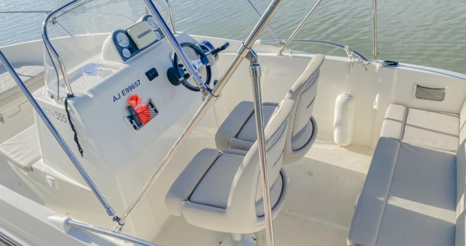 Location bateau Quicksilver Activ 555 Open à Palavas-les-Flots sur Samboat