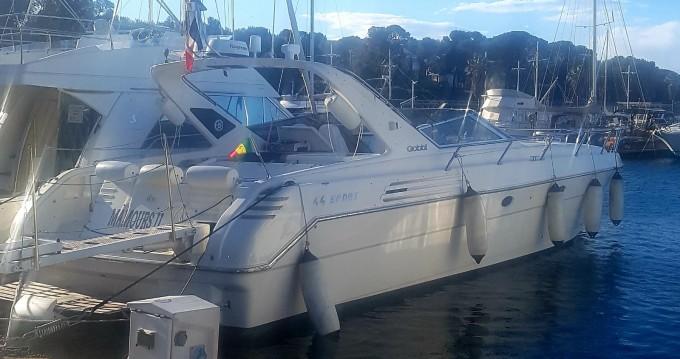 Location bateau Saint-Raphaël pas cher Gobbi 44 Sport