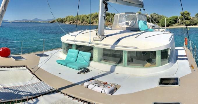 Location bateau VISAGE 450 à Le Marin sur Samboat